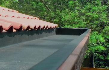 lapostető szigetelés ferde tető hozzáépítés RubberCover gumilemezzel